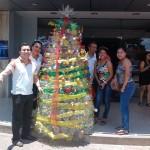 Arbolito-Solidario-recolecta-regalos-para-los-hogares-de-niños-
